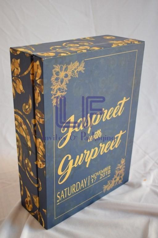 customized wedding invitation box